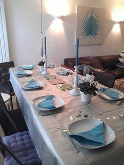 table-bleue-turquoise-en-fete