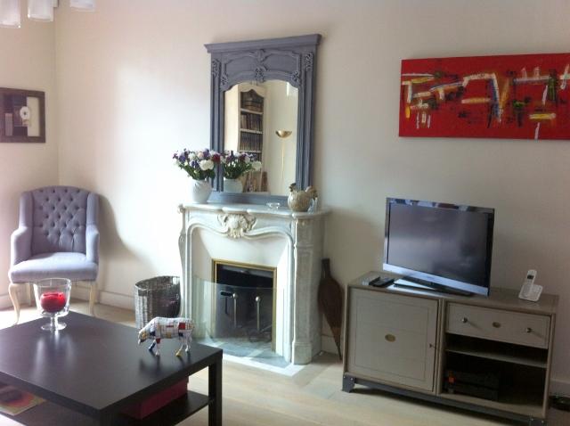 7 apres salon vue cheminee 640x478. Black Bedroom Furniture Sets. Home Design Ideas